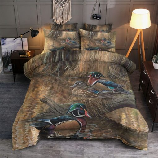 Wood Duck Playing By The Lake Bedding Set (Duvet Cover & Pillow Cases)